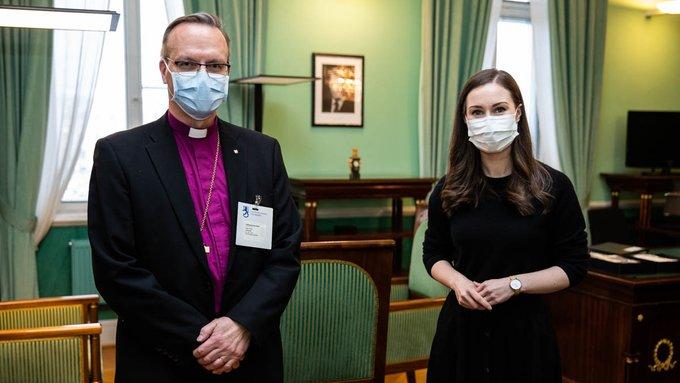 Arkkipiispa Luoma ja pääministeri Marin.
